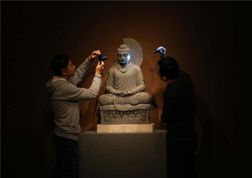 Coleções do Museu Britânico viajam à China para narrar história mundial aos locais